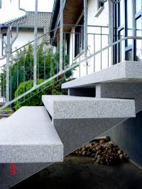 61130-nidderau-im_grund-treppensanierung-beschichtung-wagner-steinteppich-03_thumbnail_200x267px.jpg