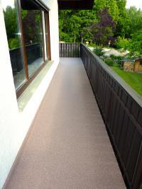 97084-wuerzburg-heidingsfeld-steigerwaldstrasse-balkon-terrasse-sanierung-fliese-abdichtung-wagner-steinteppich-06_thumbnail_200x267px.jpg