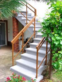 97225-zellingen-wuerzburger-strasse-balkonsanierung-terrassensanierung-treppensanierung-wagner-steinteppich_thumbnail_200x267px.jpg